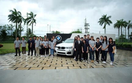 Finn College Students #12 visiting BMW Group Manufacturing (Thailand) Co., Ltd.